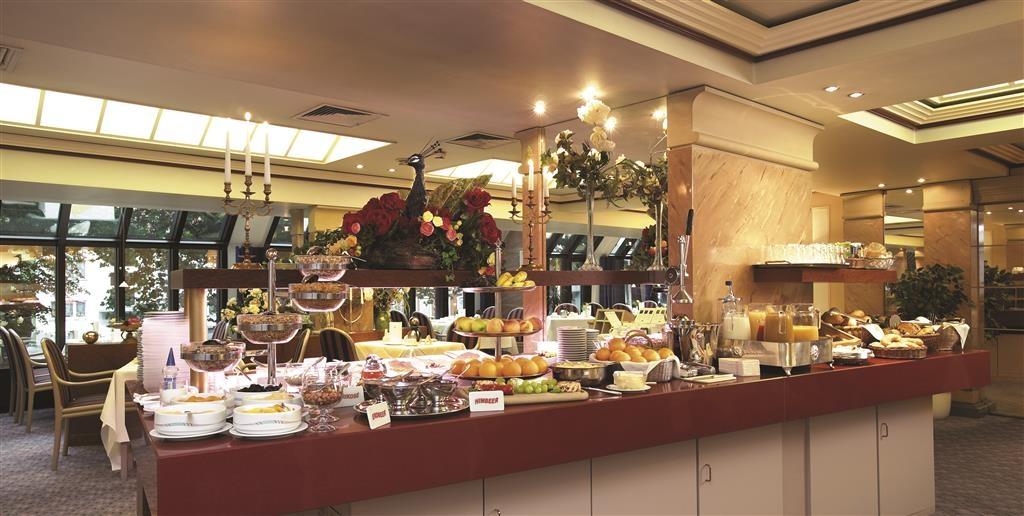 Best Western Plus Arosa Hotel - Zona de desayunos