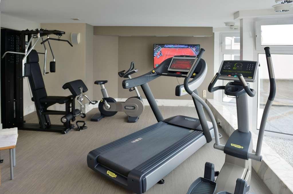 Best Western Premier Parkhotel Kronsberg - sala de ejercicios