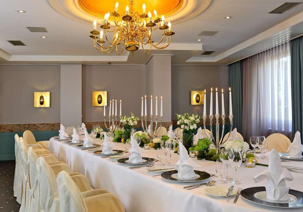 Best Western Premier Parkhotel Kronsberg - Salle de réunion