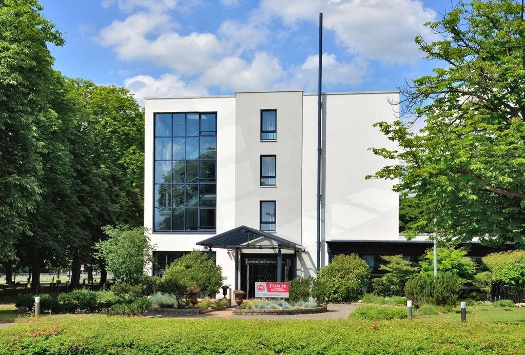 Best Western Premier Parkhotel Kronsberg - Vista Exterior