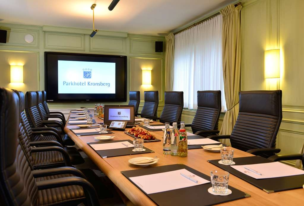 Best Western Premier Parkhotel Kronsberg - Sala de reuniones