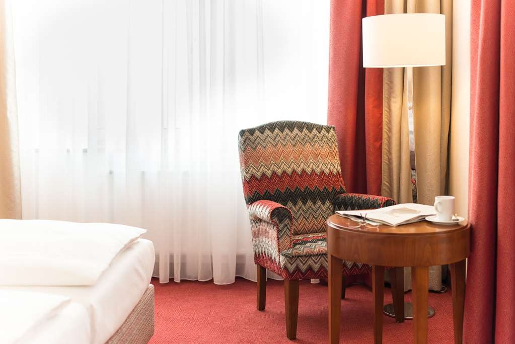 Best Western Plus Hotel St. Raphael - Guest room