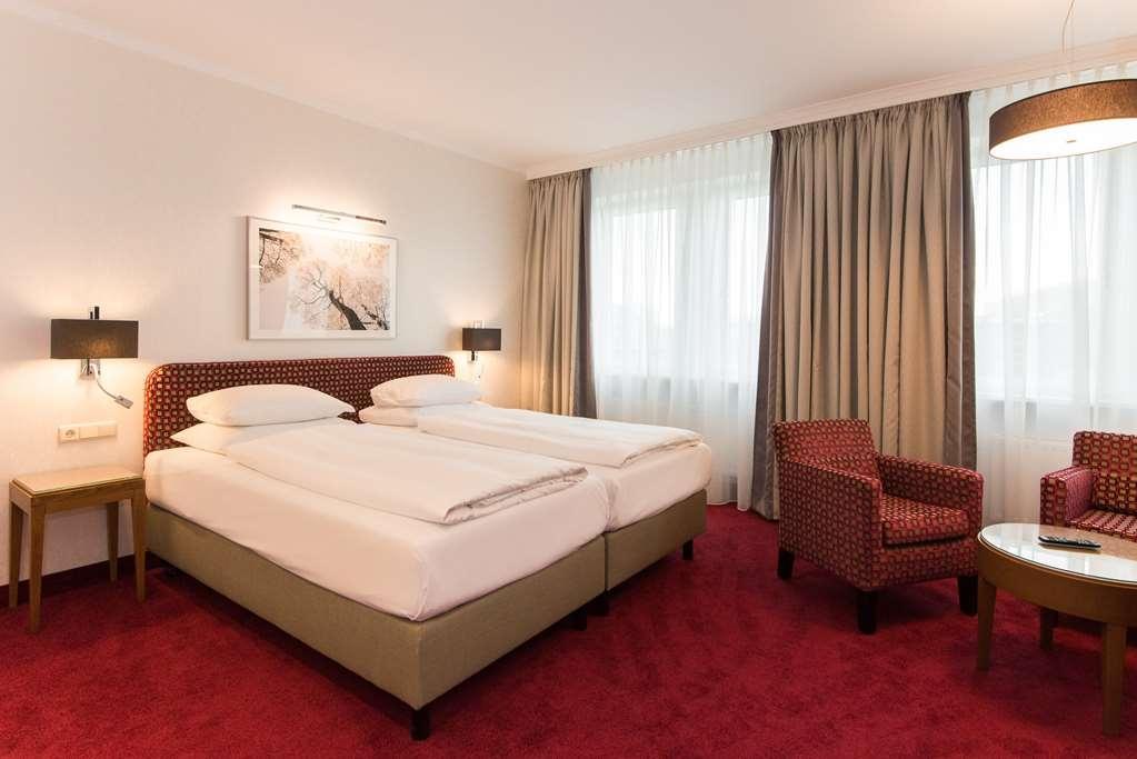 Best Western Plus Hotel St. Raphael - Guest room