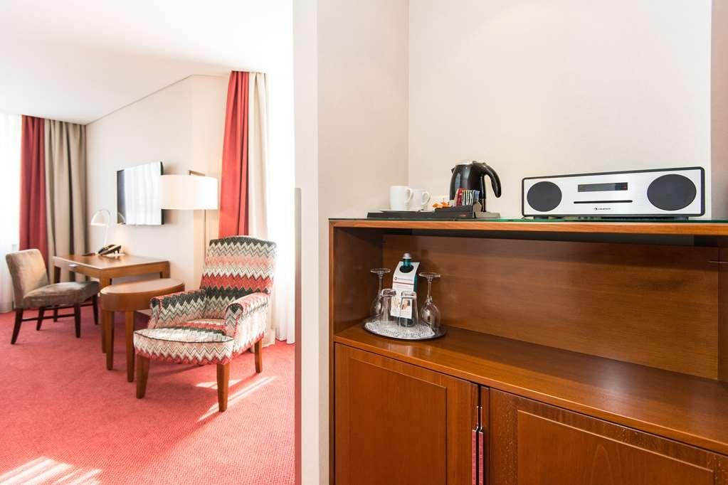 Best Western Plus Hotel St. Raphael - Guest room amenity