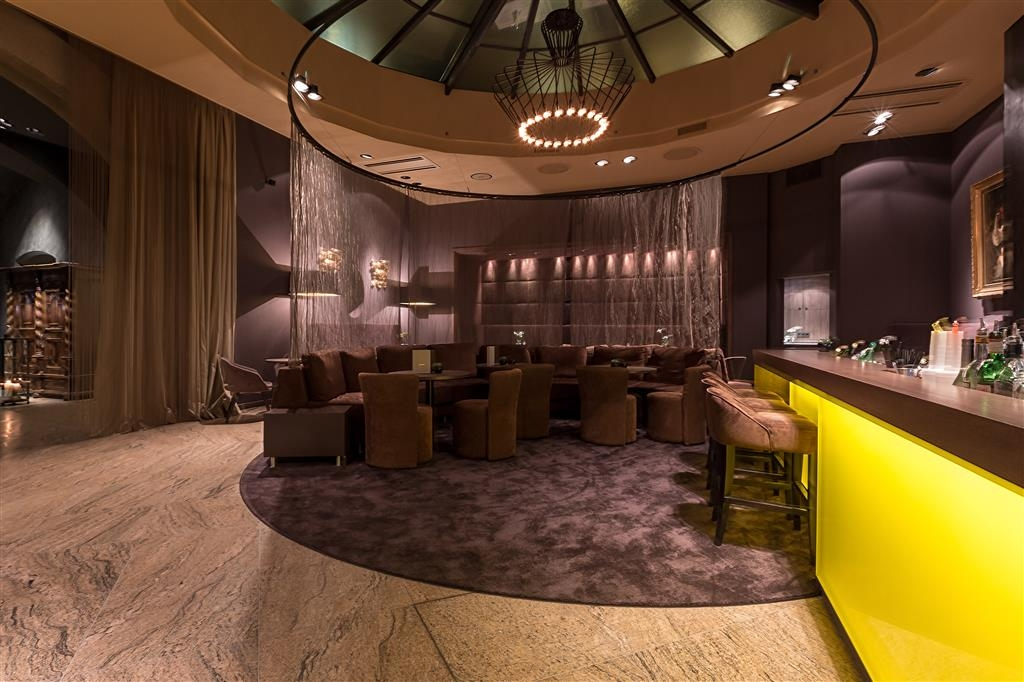 Best Western Premier Hotel Rebstock - Bar-salon