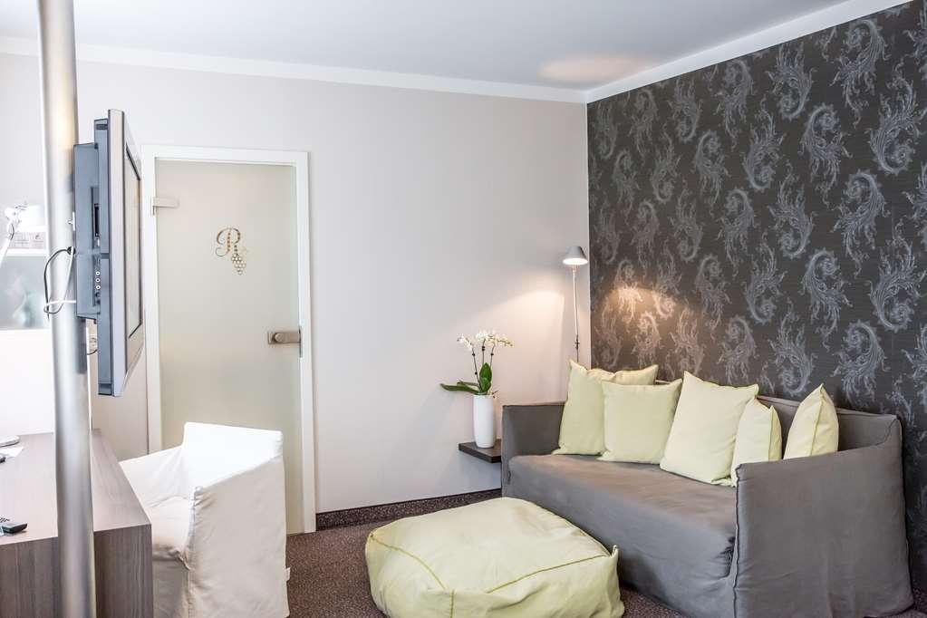 Best Western Premier Hotel Rebstock - Guest room