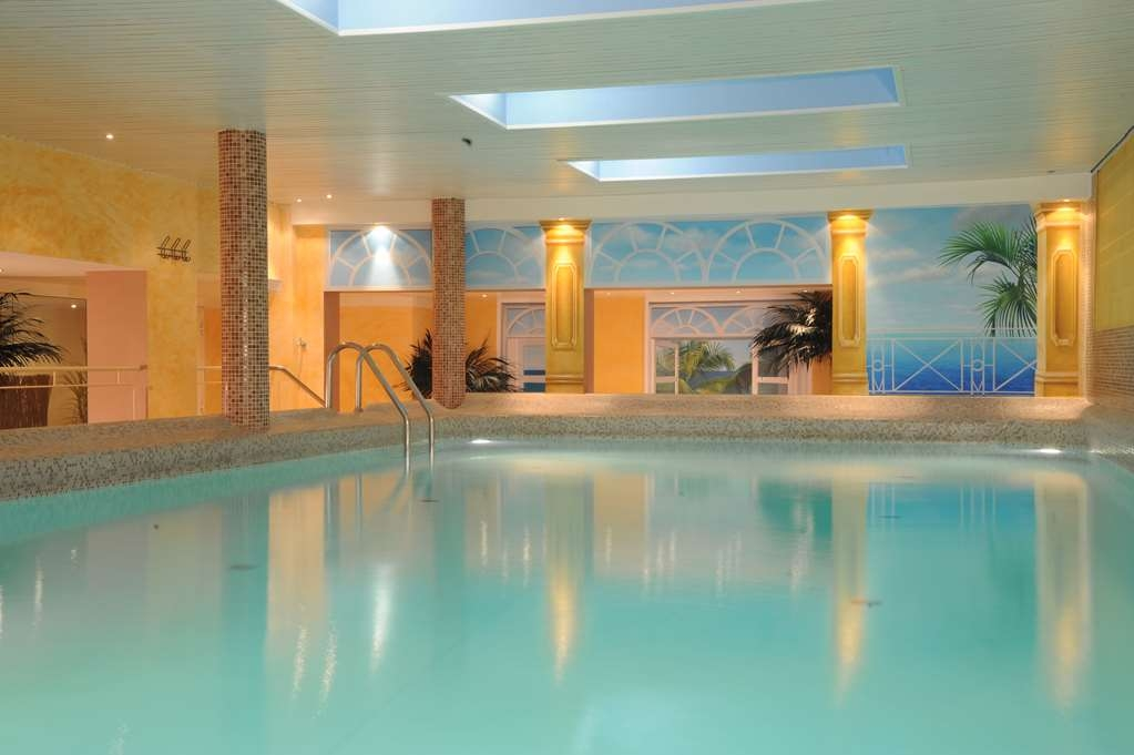 Best Western Hotel Zur Post - Piscina