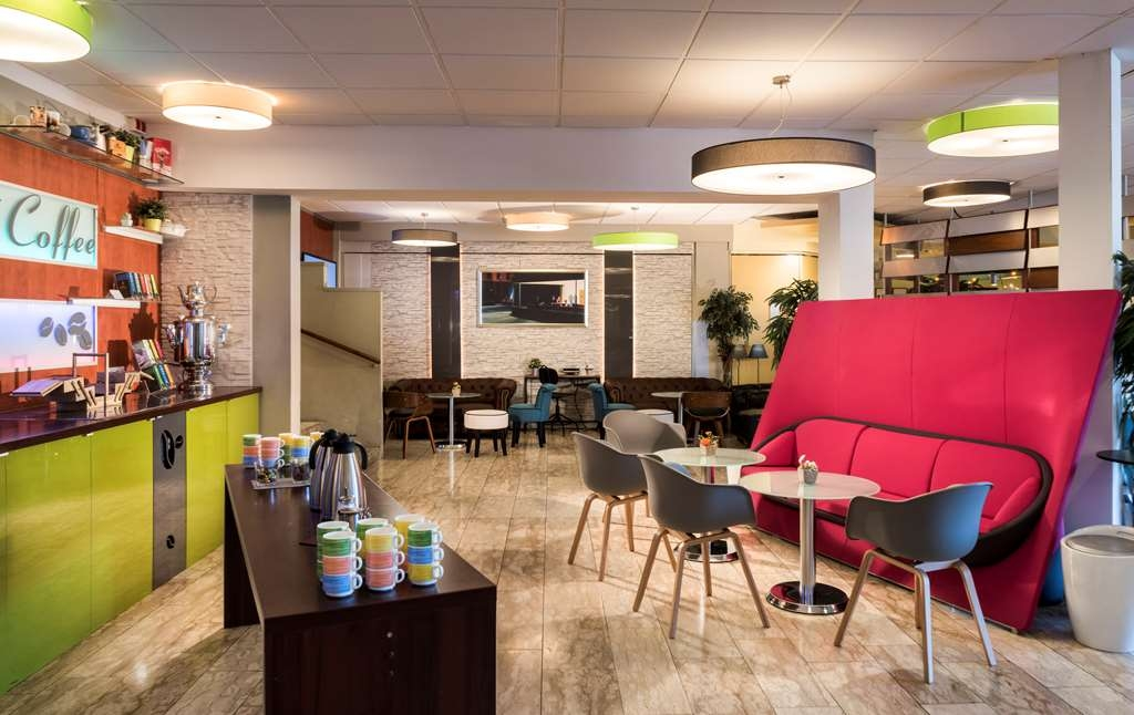 Best Western Hotel Ambassador - Lobby