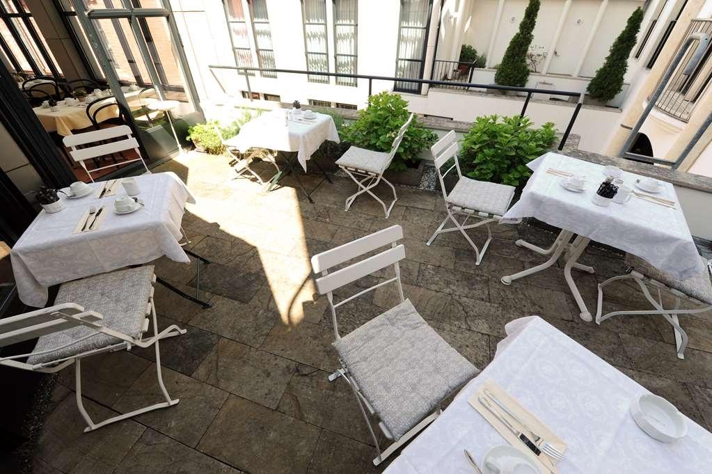 Best Western Hotel Domicil - terrace