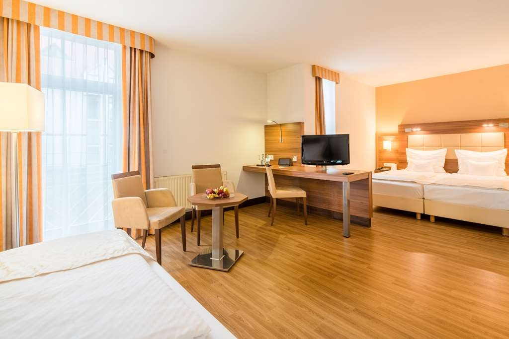Best Western Plus Hotel Am Schlossberg - guest room