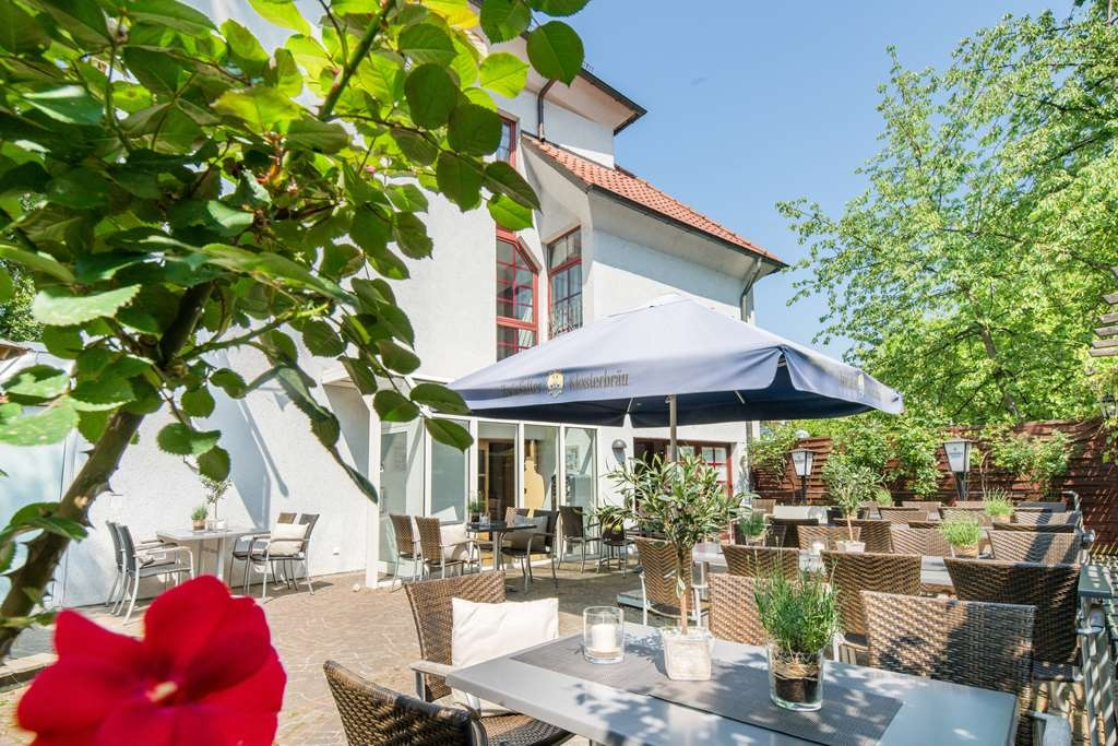 Best Western Plus Hotel Am Schlossberg - terrace