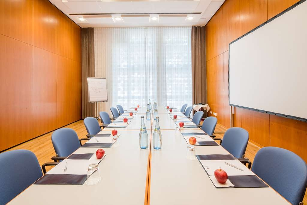 Best Western Plus Hotel Am Schlossberg - Meeting Room