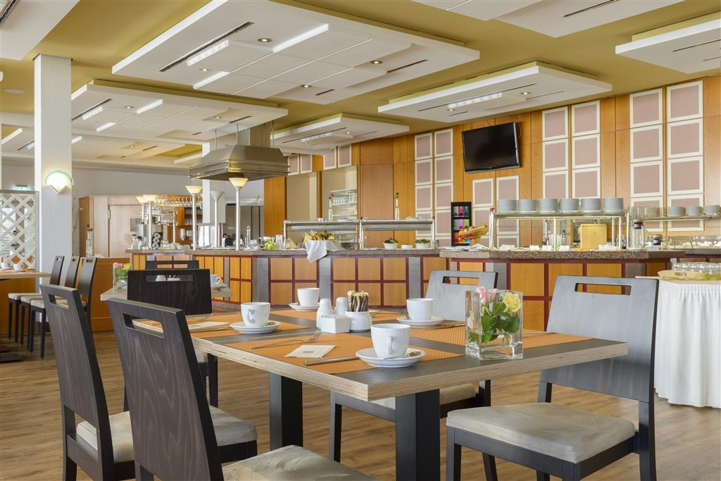 Best Western Plus Hotel Am Schlossberg - Dining Area