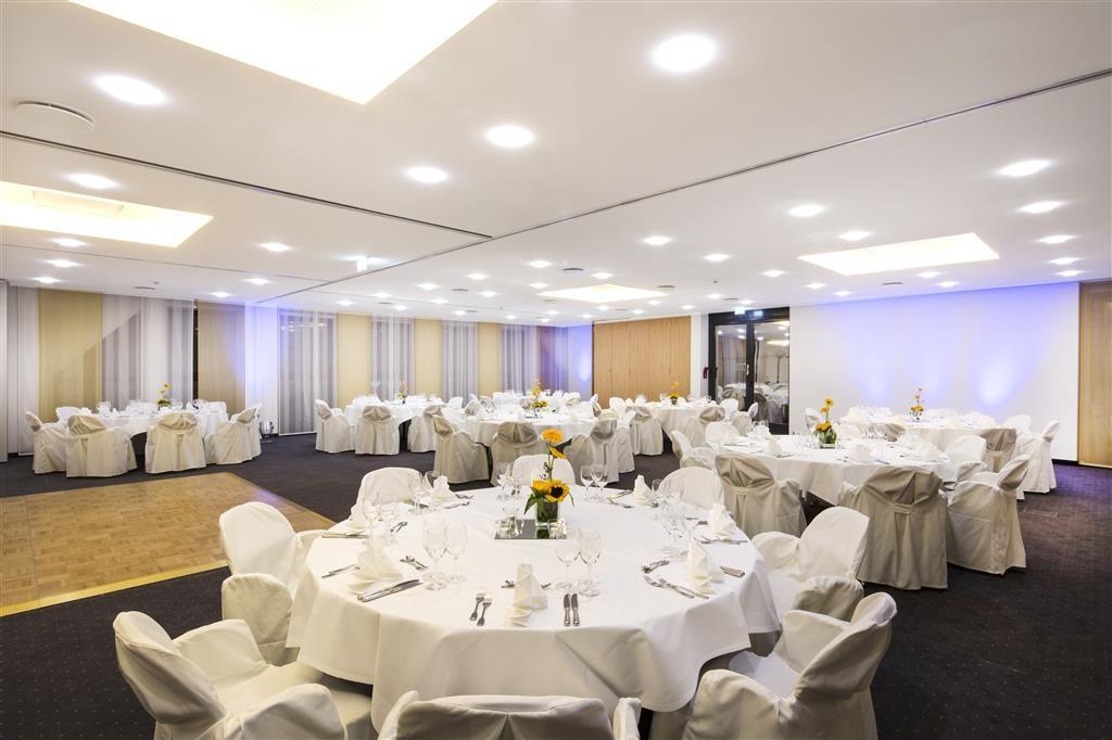 Best Western Plus Hotel Am Schlossberg - Sala da ballo