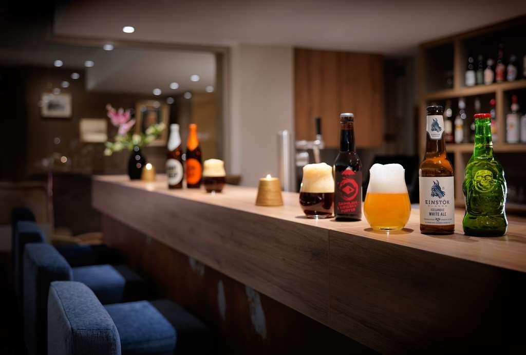 Best Western Donner's Hotel & Spa - Bar/Lounge