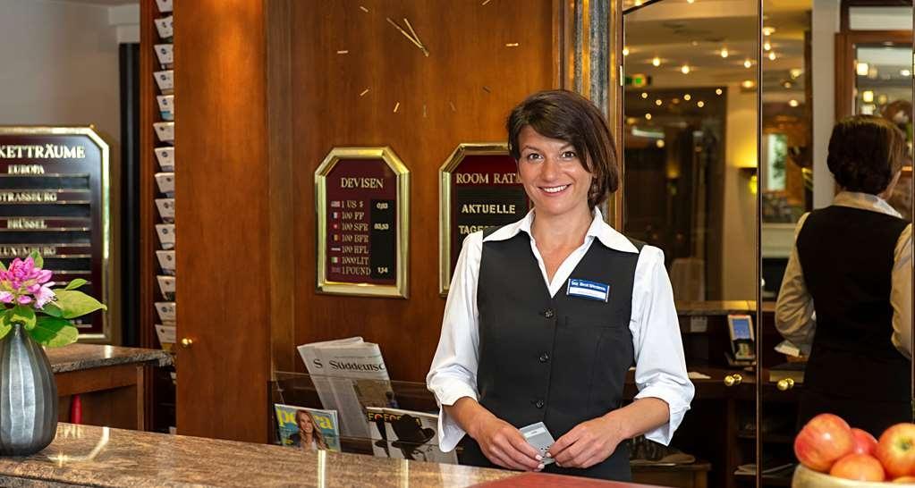 Best Western Victor's Residenz-Hotel Rodenhof - Vista del vestíbulo