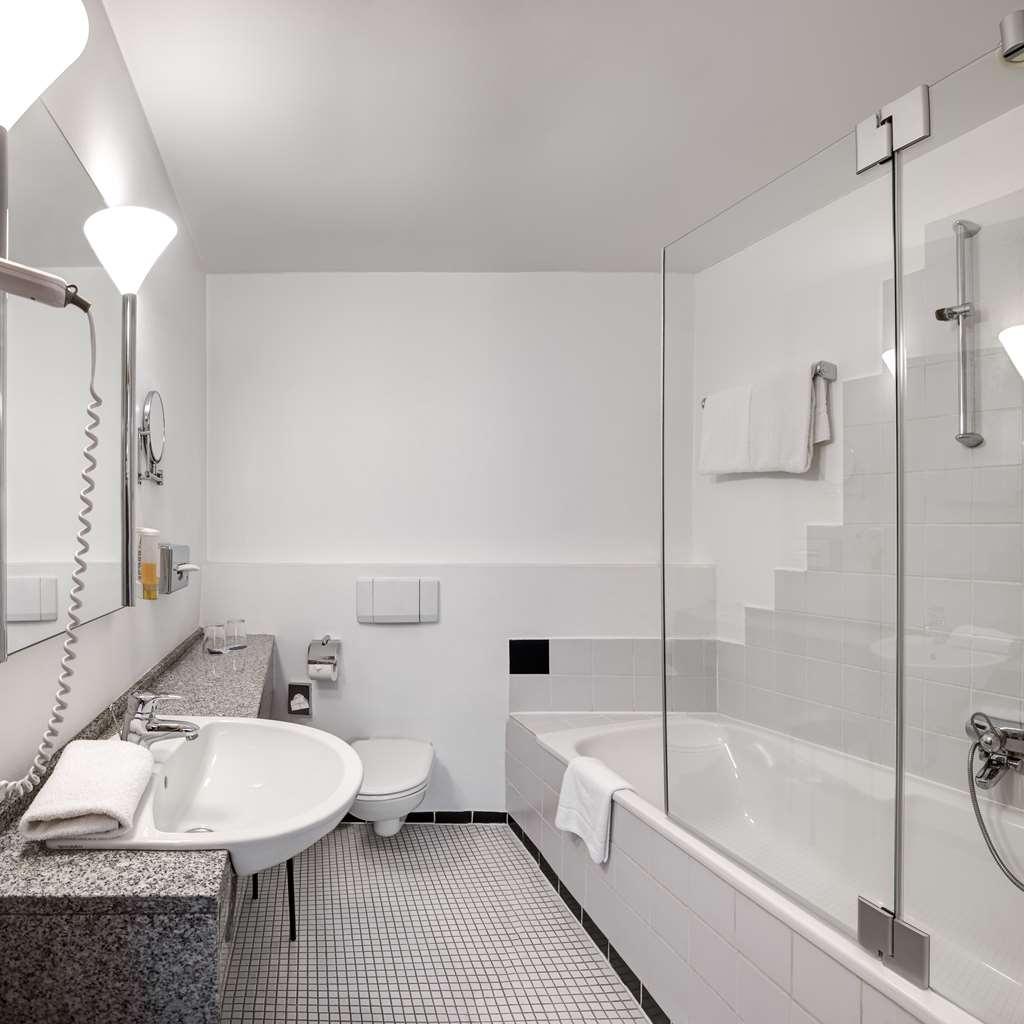Best Western Hotel Kurfuerst Wilhelm I - Bathroom