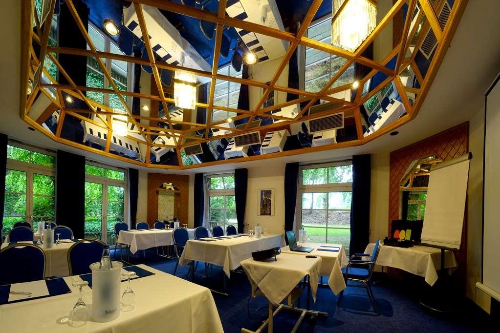 Best Western Hotel Schmoeker-Hof - Conference Room