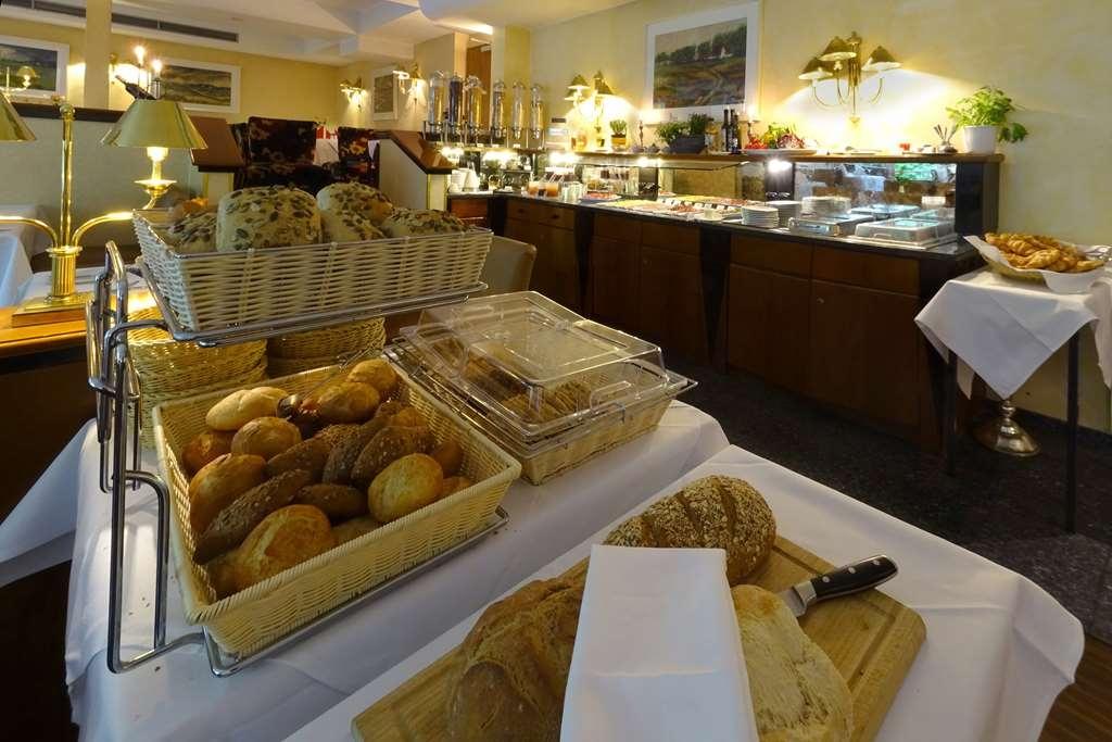 Best Western Hotel Schmoeker-Hof - Breakfast