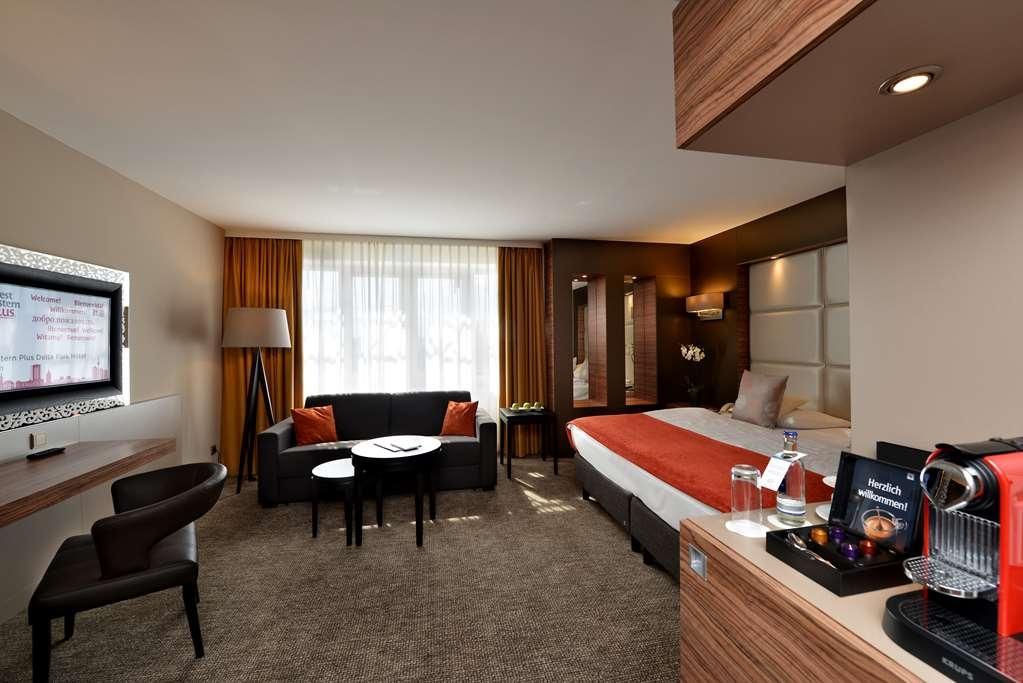 Best Western Plus Delta Park Hotel - Superior Double Bed Guest Room