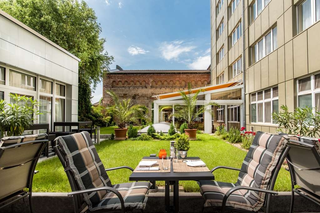 Best Western Plus Delta Park Hotel - Facciata dell'albergo