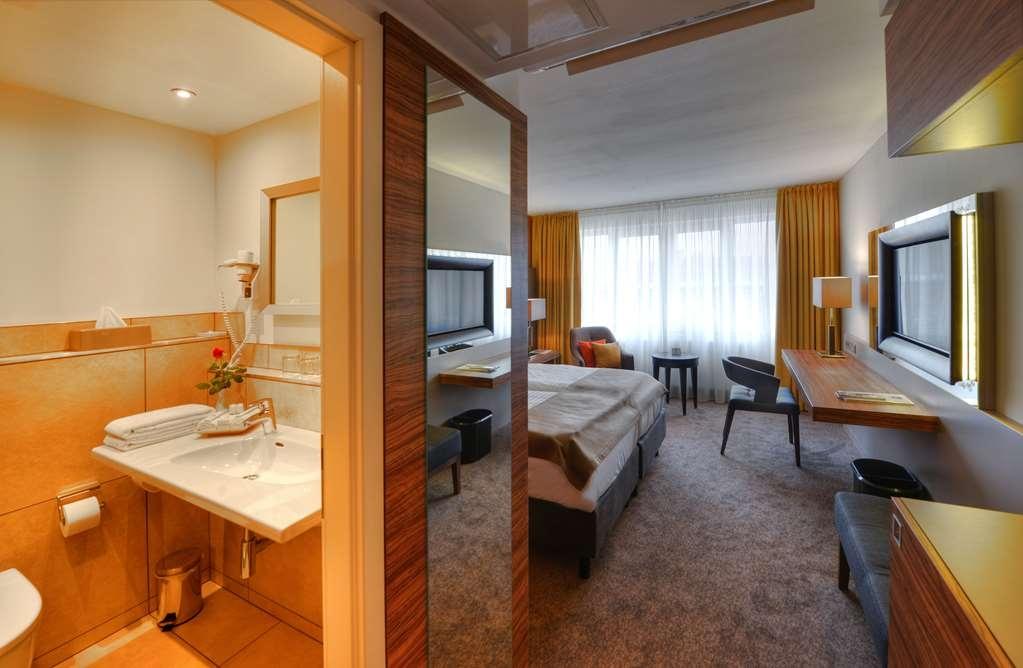 Best Western Plus Delta Park Hotel - Gästezimmer/ Unterkünfte