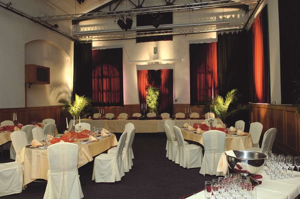 Best Western Plus Delta Park Hotel - Wedding