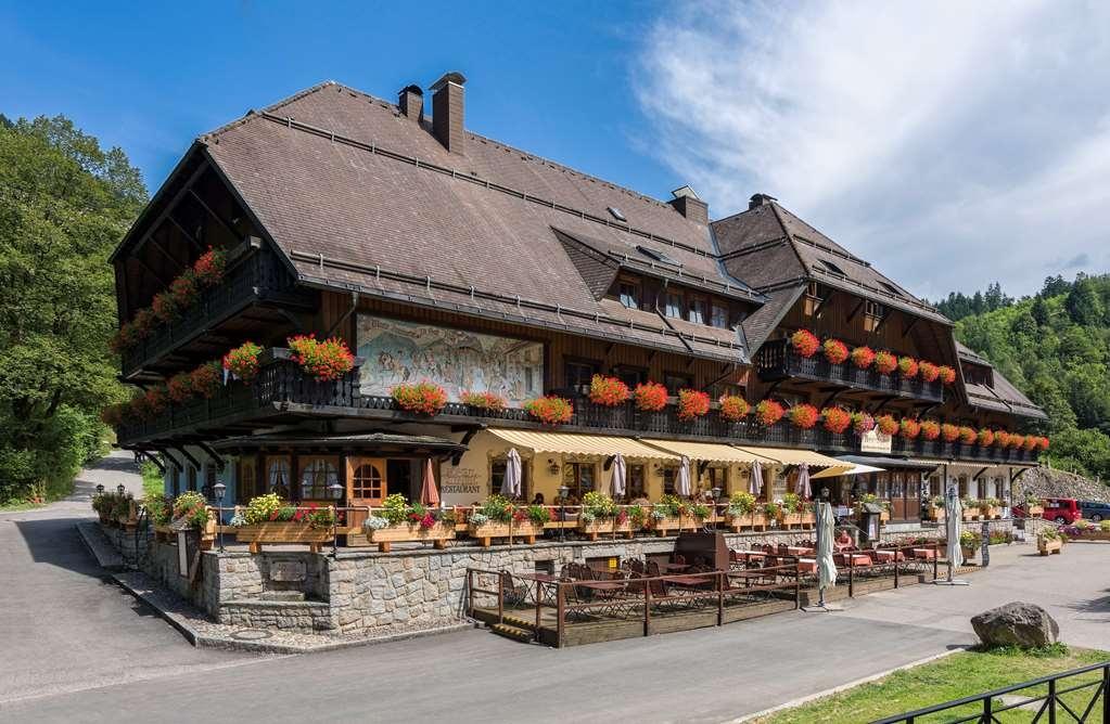 Best Western Hotel Hofgut Sternen - Außenansicht