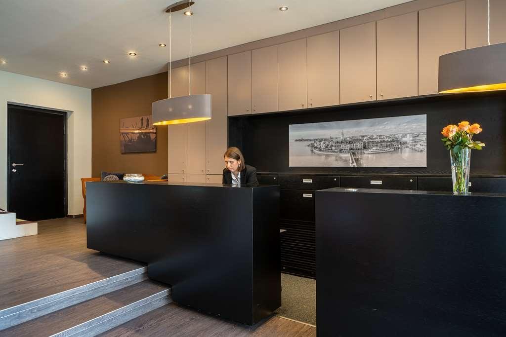 Best Western Hotel Goldenes Rad - Reception