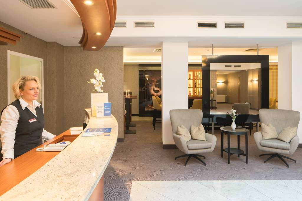 Best Western Plus Hotel Excelsior - Reception