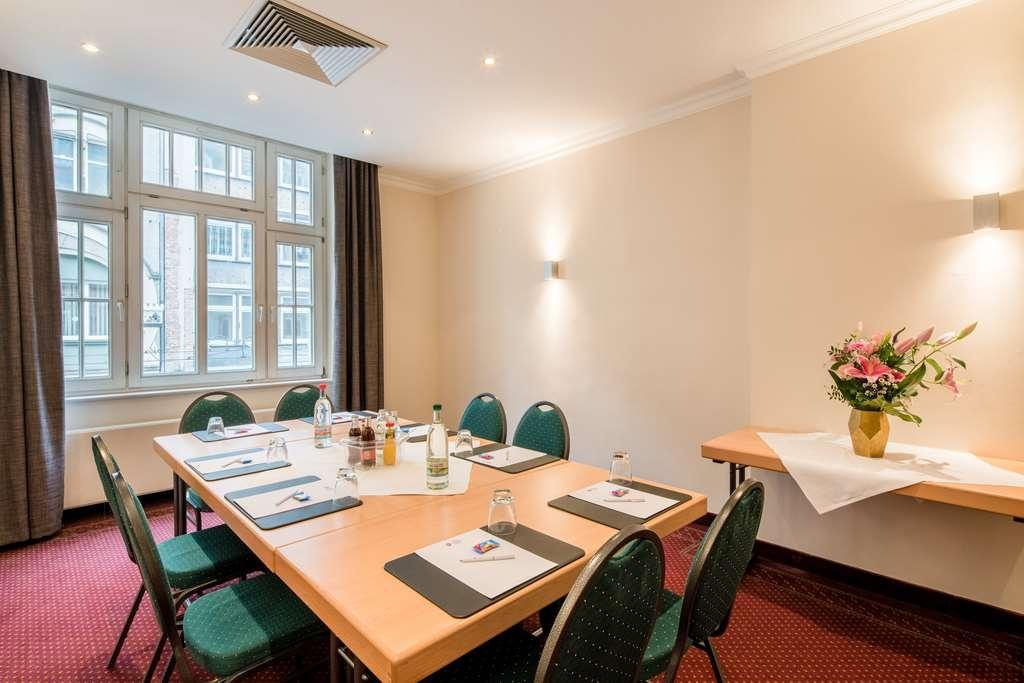 Best Western Plus Hotel Excelsior - Salle de réunion