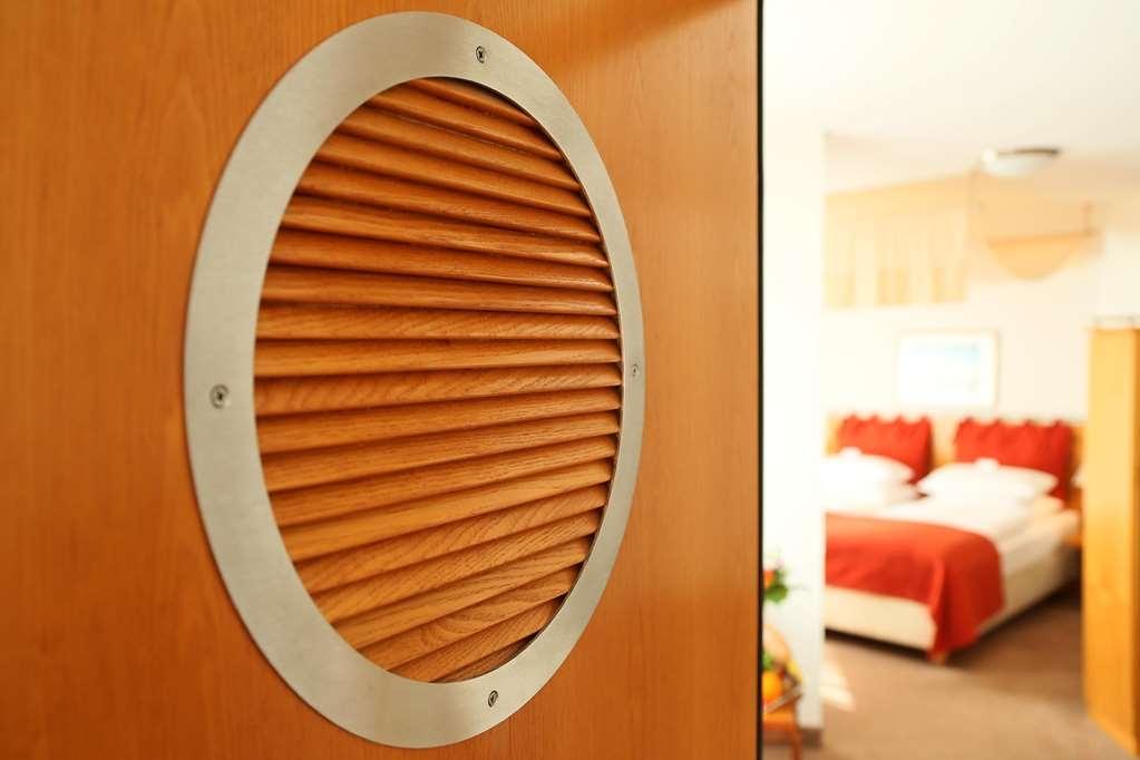 Best Western Hanse Hotel Warnemuende - habitación de huéspedes-amenidad