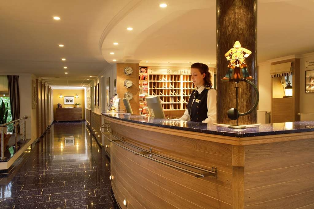 Best Western Hanse Hotel Warnemuende - Vista del vestíbulo