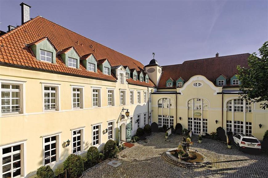 Best Western Premier Parkhotel Engelsburg - Außenansicht