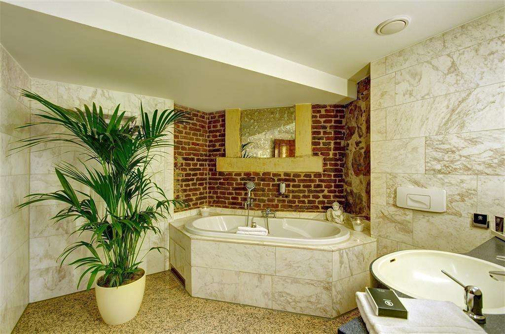 Best Western Premier Parkhotel Engelsburg - Cuarto de baño de clientes