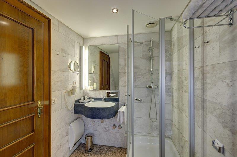 Best Western Premier Parkhotel Engelsburg - Bagno
