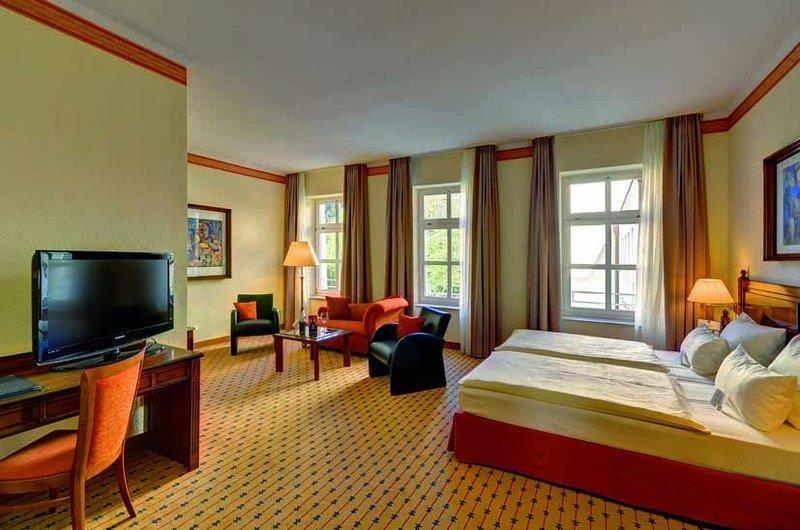 Best Western Premier Parkhotel Engelsburg - Guest Room