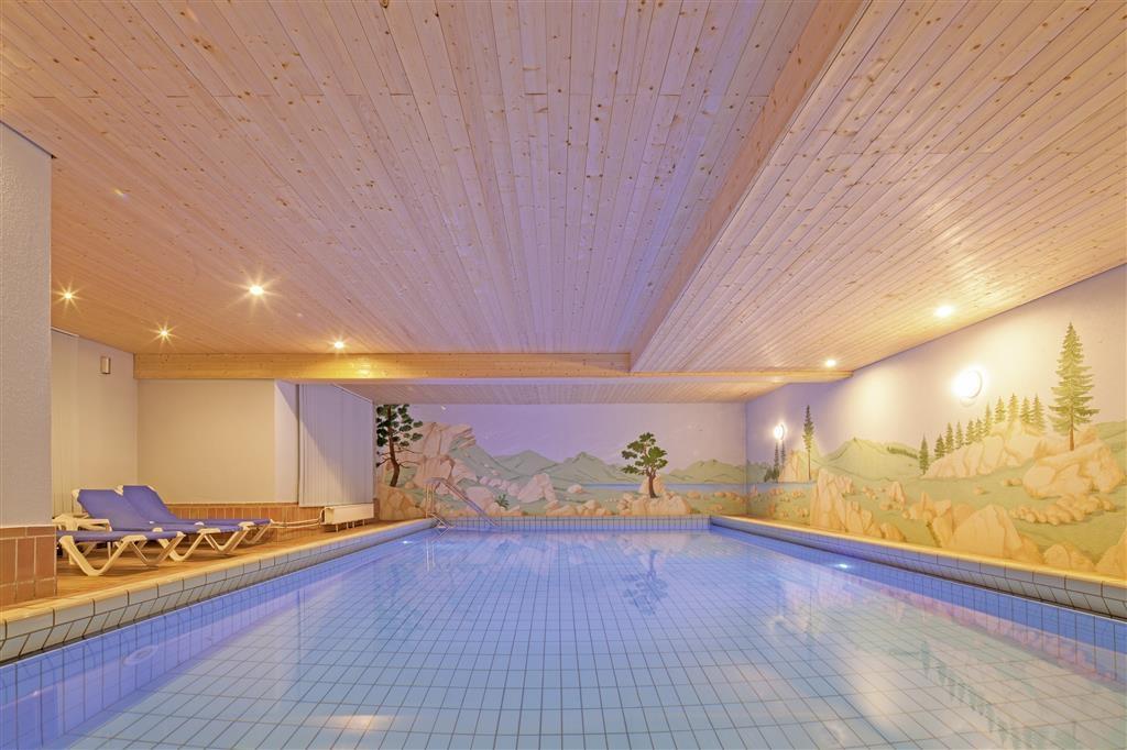 Best Western Plus Hotel Schwarzwald Residenz - Swimmingpool