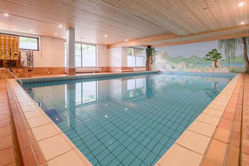 Best Western Plus Hotel Schwarzwald Residenz - Poolansicht