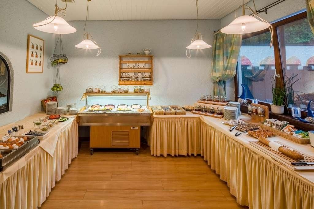 Best Western Plus Hotel Schwarzwald Residenz - Restaurant / Gastronomie
