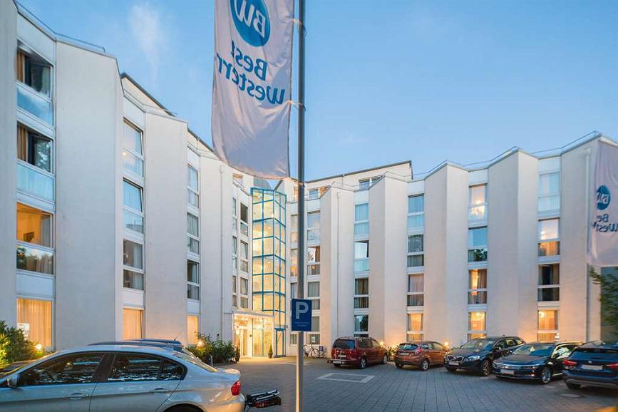 Best Western Hotel Ypsilon - Facciata dell'albergo