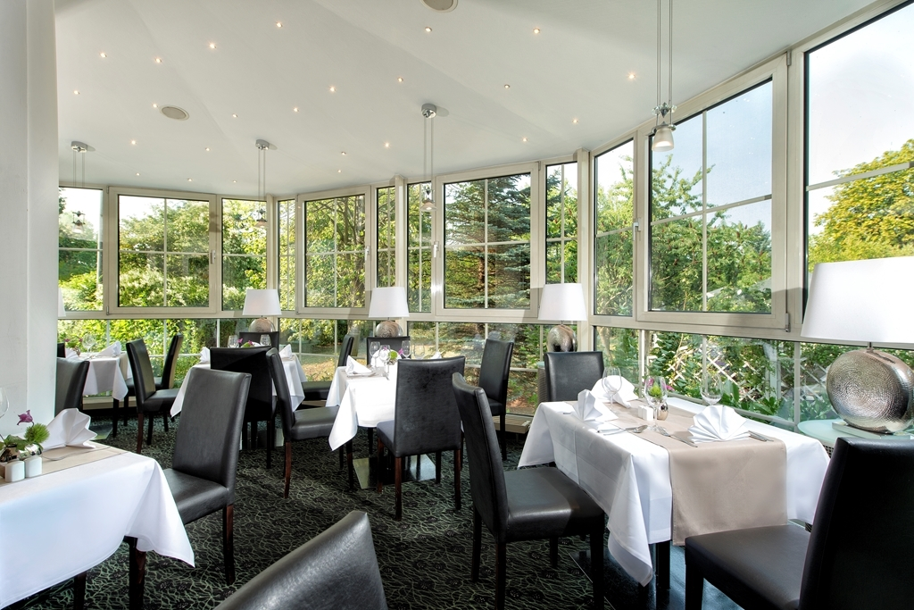 Best Western Hotel Windorf - Dining Area