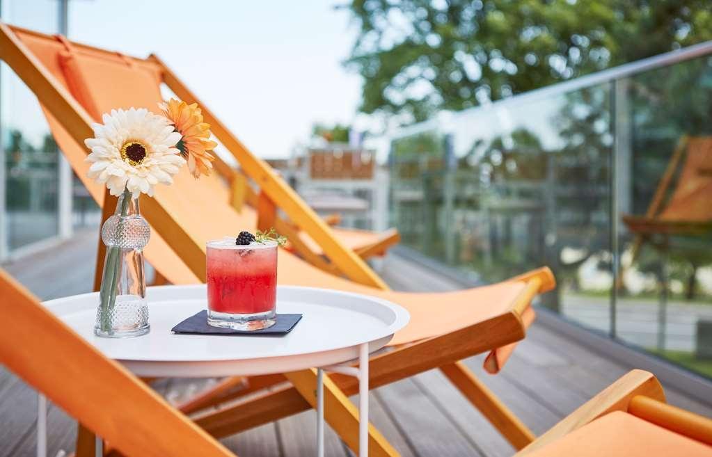 Best Western Plus Atrium Hotel - Bar / Lounge