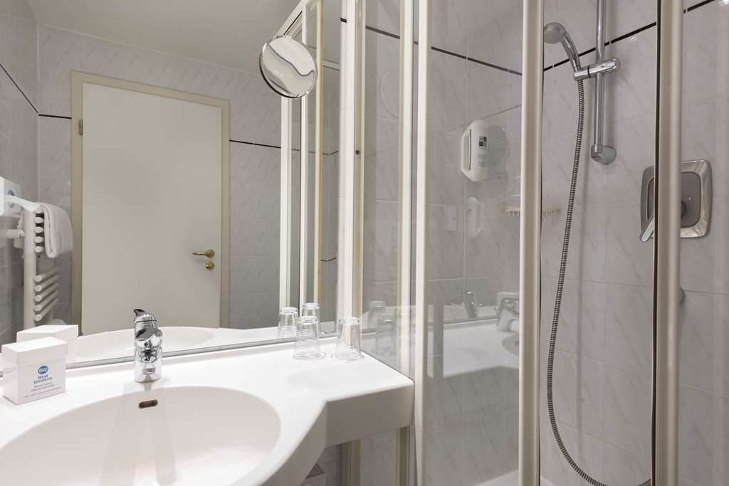 Best Western Ahorn Hotel Oberwiesenthal - Bathroom