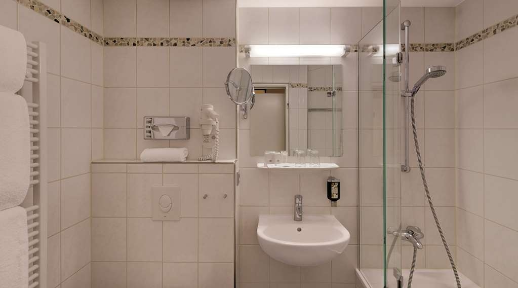 Best Western Hotel Darmstadt - Badezimmer