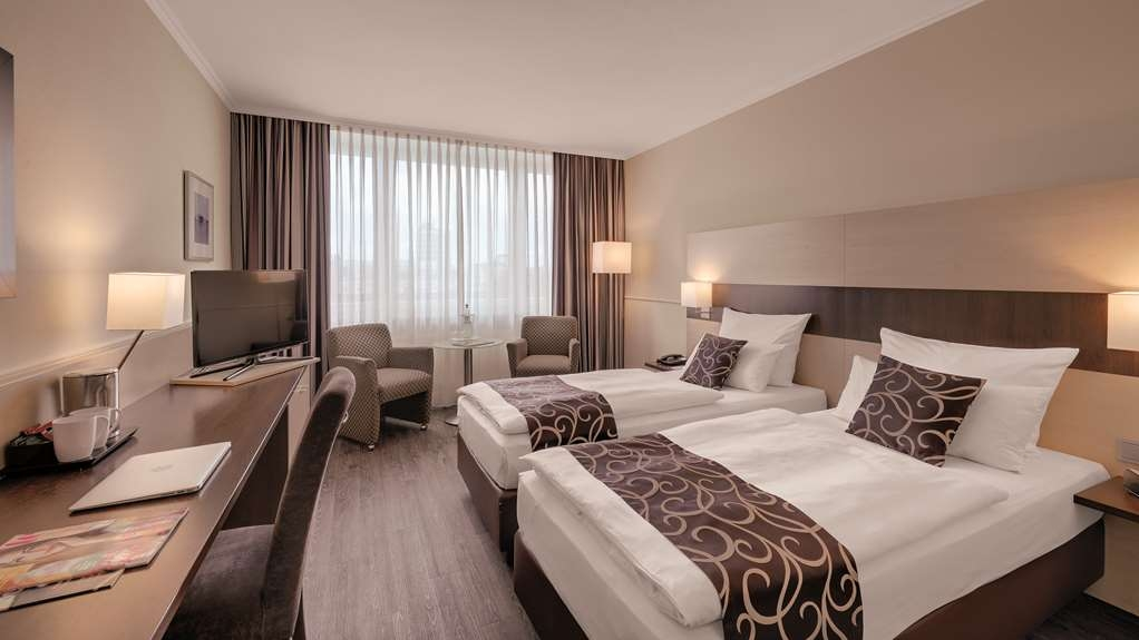 Best Western Hotel Darmstadt - Two Twin Bed Guest Room