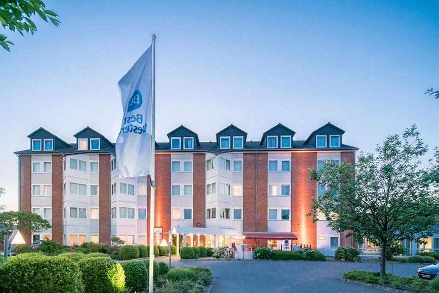Best Western Hotel Prisma - Aussenansicht