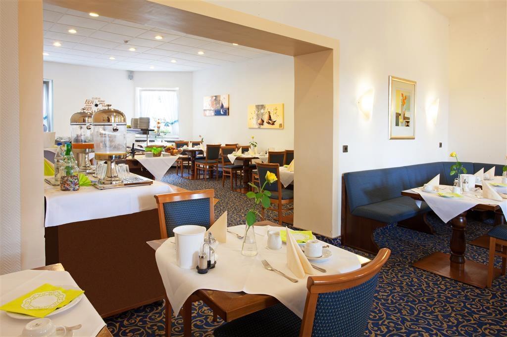 Best Western Ambassador Hotel - Salle de petit déjeuner