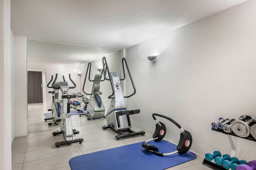 Best Western Plus Crown Hotel - gym