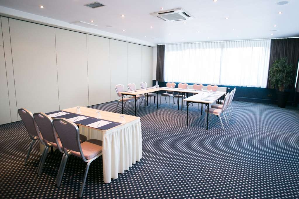 Best Western Plus Crown Hotel - Meeting Room